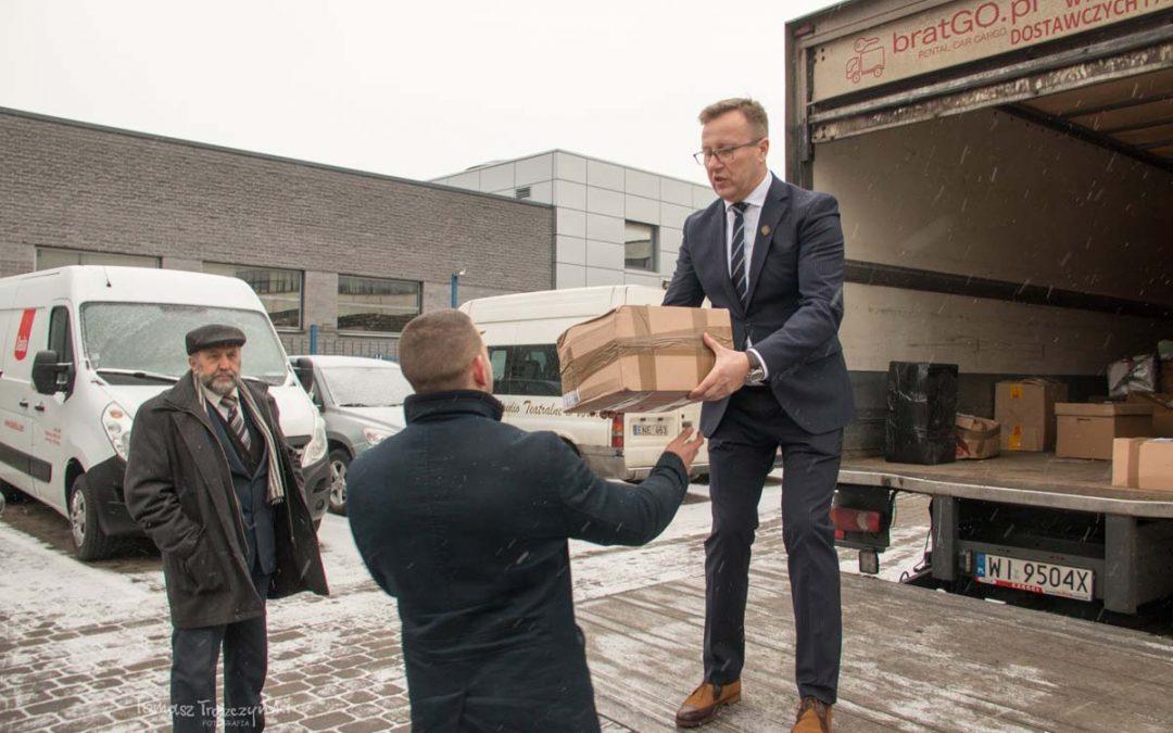 """[WIDEO] Uroczyste przekazanie paczek świątecznych """"Polacy Kresowym Straceńcom"""" Litwa i Białoruś 2017"""